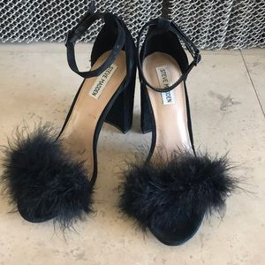 Steve Madden black suede heels w/ ostrich feathers